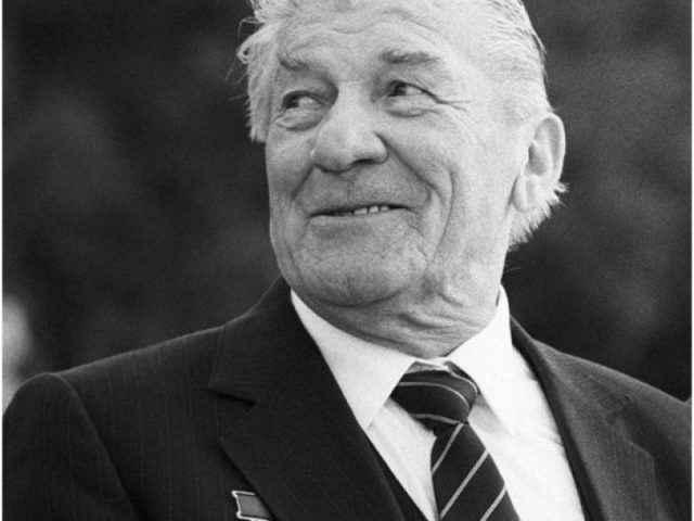 Николай Крючков - биография, фото, личная жизнь актера