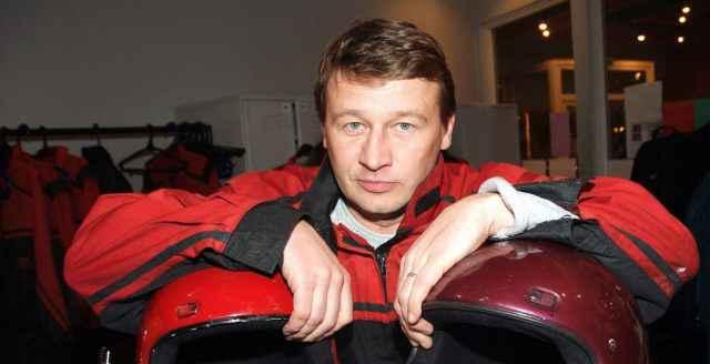 Олег Фомин биография личная жизнь семья жена дети фото